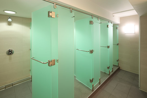 Luminoso Acrylic shower cubicle