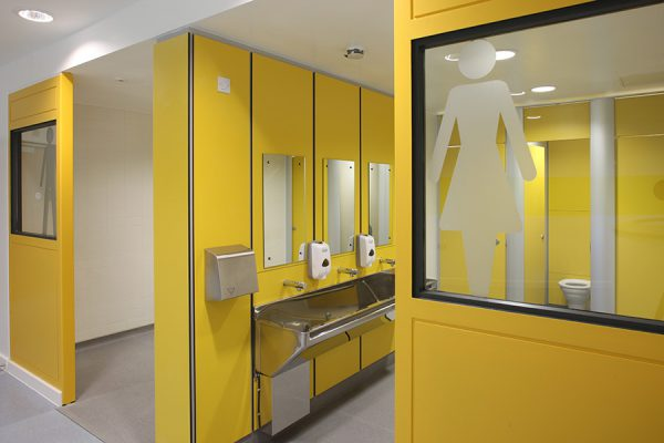 Open plan unisex toilets - Bognor Regis Community College