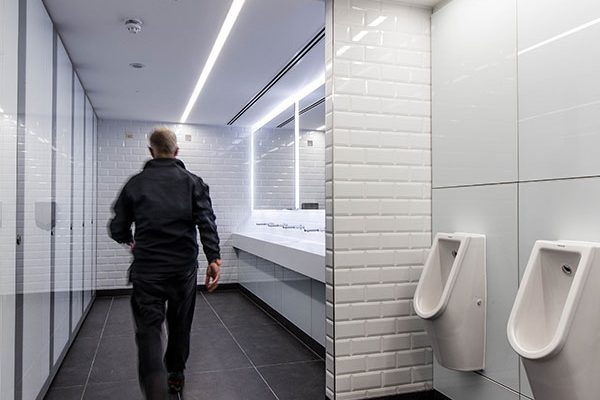 Staff shower area and co-ordinating washrooms - 55 Bishopsgate London