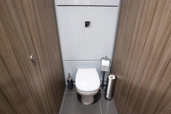 AMC Marcato toilet cubicles