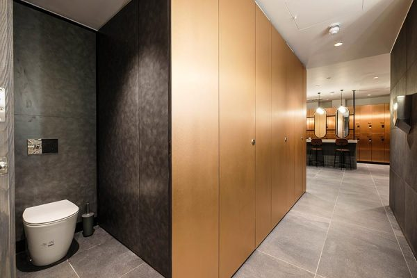 Alto full height cubicles with copper effect laminate - Third Space, City