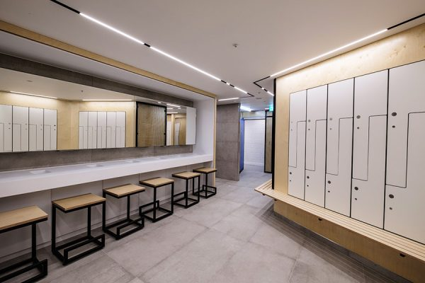 Changing area with Legato benching and Forza lockers at One Poultry, London