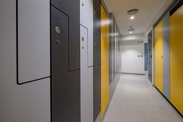 Forza solid grade laminate Z style lockers in two grey shades