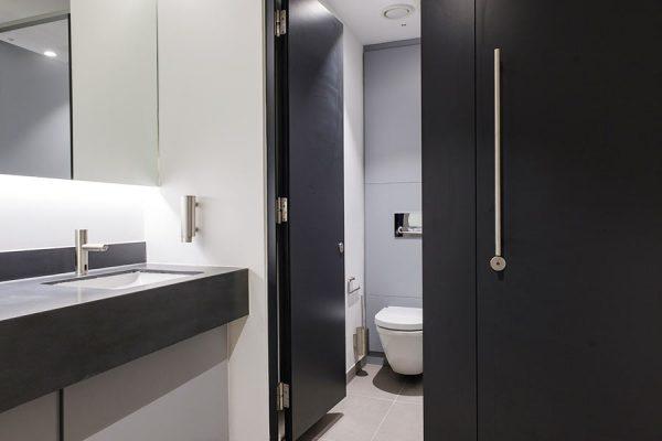 Marcato solid grade laminate cubicles in dark grey