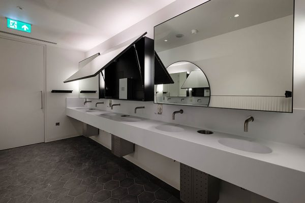 Tego hinged mirror and Corian vanities - Park House, London