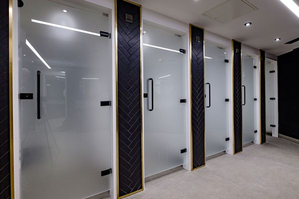 Luminoso glass shower cubicles at One Kingsway