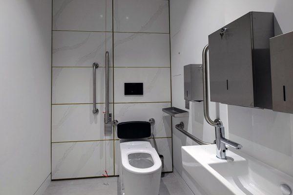 Disabled washrooms - Dashwood House, London